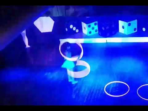 """Adiós a las Vegas Show"" Katia Kiaya hula hoops 8"