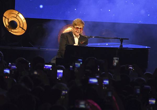Best Bets: Elton John, Bruno Mars, Def Leppard and more for your Las Vegas weekend 10