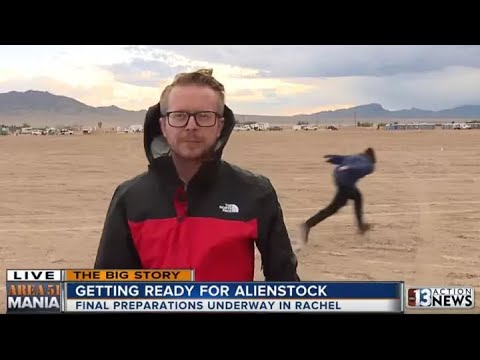 Man Naruto Runs Past Reporter At Area 51 During Live News Broadcast + Memes 5