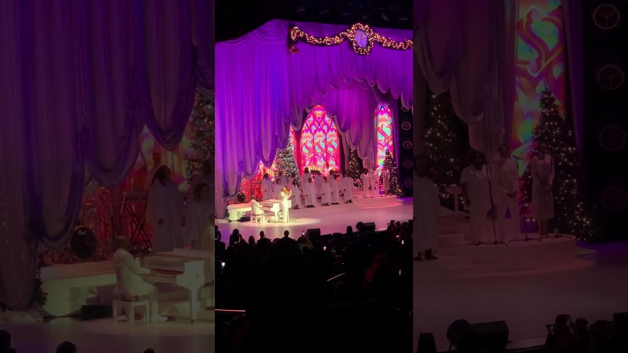 Mariah Carey - All I want Christmas is you Las Vegas show 11-22-2019 9